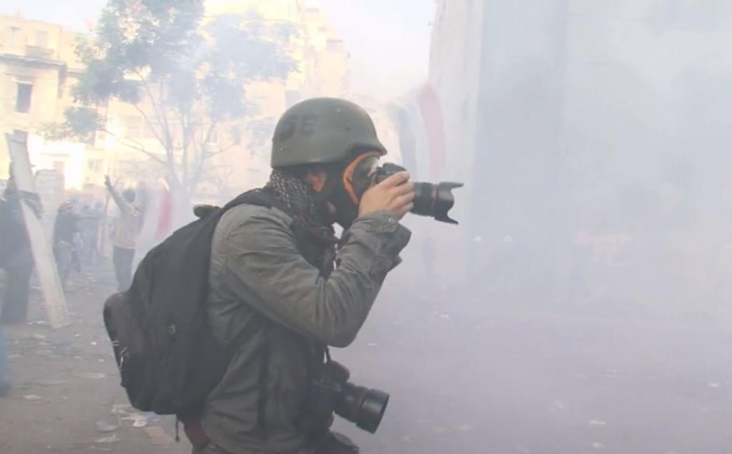 Bapteme-du-feu-documentaire-photojournalisme-Corentin-Fohlen-Jerome-Clement-Wilz-11
